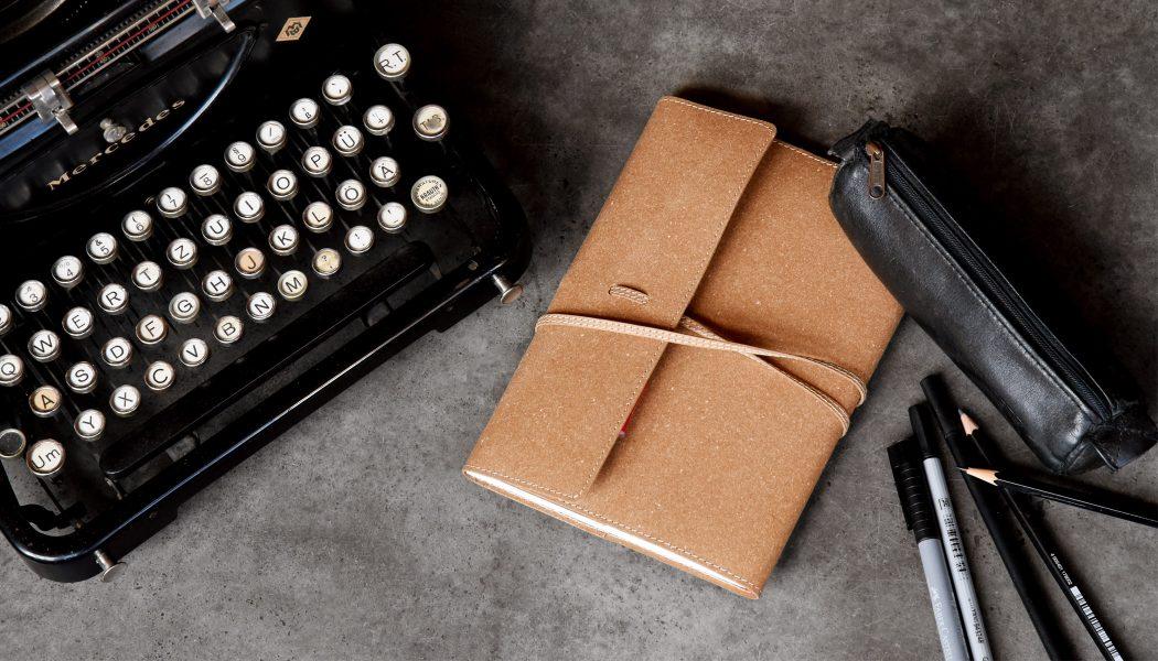 JUKA-Custom-Design-1-Schreibmaschine-Ledermappe